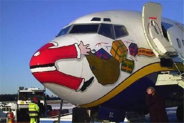 santa_airplane.jpg